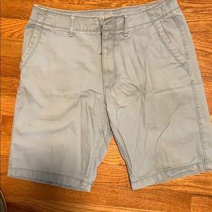Old Navy light blue washed khaki shorts 32